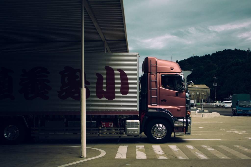 Transport ciężarówkami