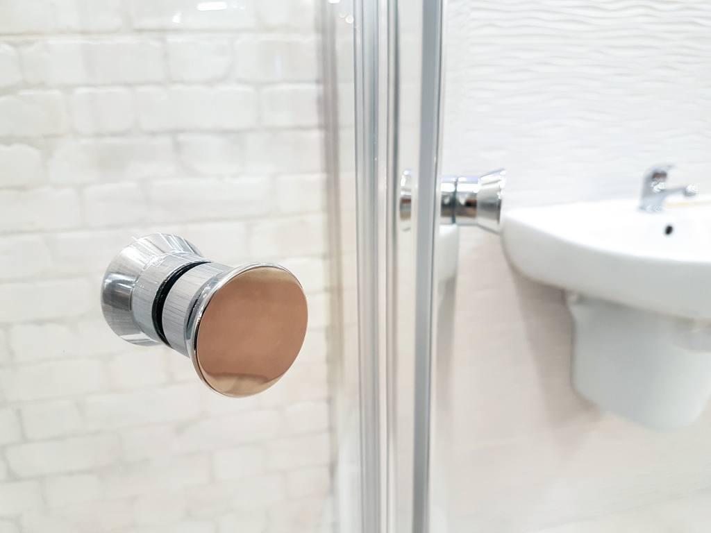 Rozmiar ma znaczenie - o trendach wśród płytek łazienkowych