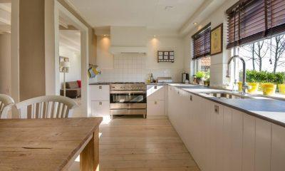 Nie tylko wygląd - o czym pamiętać wybierając płytki do kuchni?